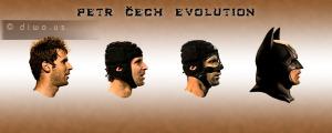 Diwous - Petr Čech Evolution, evoluce, tankista, batman, football goalkeeper, brankář, FC Chelsea, rugbyová helma, chránič nosu, zranění hlavy, vtip, humor